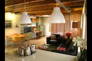Bekijk studio te huur in Den Bosch Vughterstraat: Leuke gemeubileerde studio  - € 995, 30m2 - 333423