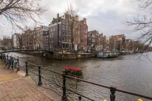 Bekijk appartement te huur in Amsterdam Herengracht, € 2500, 75m2 - 356276. Geïnteresseerd? Bekijk dan deze appartement en laat een bericht achter!