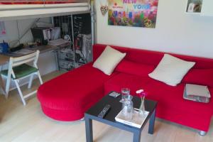 Bekijk kamer te huur in Utrecht Van Imhoffstraat, € 435, 13m2 - 388403. Geïnteresseerd? Bekijk dan deze kamer en laat een bericht achter!