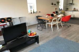 Bekijk appartement te huur in Maastricht Zwanenstraat: Appartement  - € 1195, 80m2 - 343379