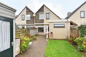 Bekijk woning te huur in Apeldoorn Wielewaalweg, € 875, 106m2 - 352162. Geïnteresseerd? Bekijk dan deze woning en laat een bericht achter!
