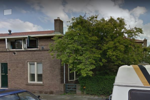 View house for rent in Dordrecht Oudelandstraat, € 183, 54m2 - 369740. Interested? check out this house and leave a message!