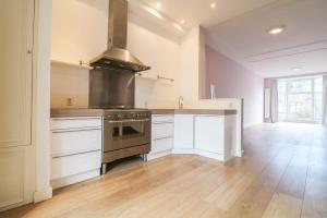 Bekijk appartement te huur in Den Haag Van der Heimstraat, € 1750, 100m2 - 376503. Geïnteresseerd? Bekijk dan deze appartement en laat een bericht achter!