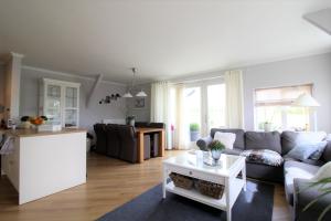 Bekijk woning te huur in Leeuwarden Schilkampen, € 875, 80m2 - 340910. Geïnteresseerd? Bekijk dan deze woning en laat een bericht achter!