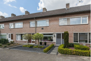 Bekijk woning te huur in Eindhoven Frans Snijderslaan, € 1175, 160m2 - 323902. Geïnteresseerd? Bekijk dan deze woning en laat een bericht achter!