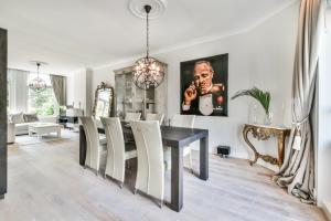 Bekijk appartement te huur in Amsterdam Saxen-Weimarlaan, € 2500, 95m2 - 390107. Geïnteresseerd? Bekijk dan deze appartement en laat een bericht achter!