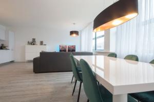 Bekijk appartement te huur in Rotterdam Hoofdweg, € 1087, 55m2 - 346739. Geïnteresseerd? Bekijk dan deze appartement en laat een bericht achter!