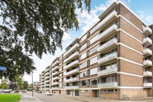 Bekijk appartement te huur in Rotterdam Van der Helmstraat, € 610, 80m2 - 378503. Geïnteresseerd? Bekijk dan deze appartement en laat een bericht achter!