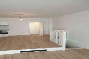Bekijk appartement te huur in Bussum Kapelstraat, € 1350, 80m2 - 371832. Geïnteresseerd? Bekijk dan deze appartement en laat een bericht achter!