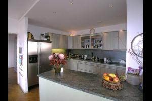 Bekijk appartement te huur in Leiden Plantijnstraat, € 1300, 125m2 - 295685. Geïnteresseerd? Bekijk dan deze appartement en laat een bericht achter!