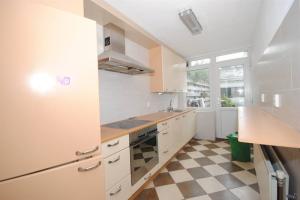 Te huur: Appartement Katwijkstraat, Den Haag - 1
