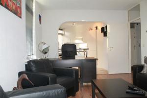 Te huur: Appartement J.C. van der Lansstraat, Den Haag - 1