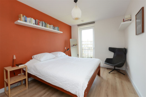 View room for rent in Amsterdam Eerste Helmersstraat, € 750, 40m2 - 387911. Interested? check out this room and leave a message!