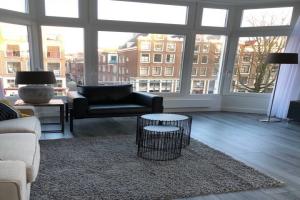Bekijk appartement te huur in Amsterdam Eerste Leliedwarsstraat, € 1750, 45m2 - 387676. Geïnteresseerd? Bekijk dan deze appartement en laat een bericht achter!