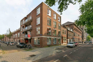 View house for rent in Rotterdam Meekrapstraat, € 1600, 80m2 - 379662. Interested? check out this house and leave a message!