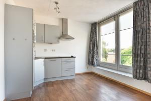 Bekijk studio te huur in Tilburg Besterdring, € 660, 80m2 - 351715. Geïnteresseerd? Bekijk dan deze studio en laat een bericht achter!