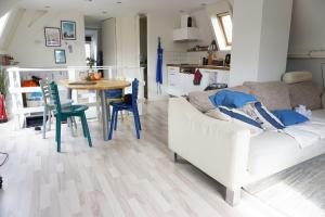Bekijk appartement te huur in Den Haag Valkenboslaan, € 875, 40m2 - 395531. Geïnteresseerd? Bekijk dan deze appartement en laat een bericht achter!