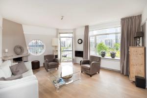 Bekijk appartement te huur in Amsterdam President Kennedylaan, € 2200, 79m2 - 393454. Geïnteresseerd? Bekijk dan deze appartement en laat een bericht achter!