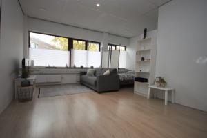 Bekijk studio te huur in Groningen Damsport, € 739, 33m2 - 378697. Geïnteresseerd? Bekijk dan deze studio en laat een bericht achter!