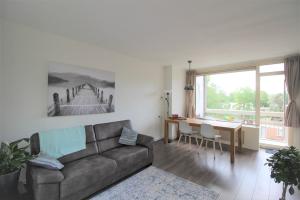 Bekijk appartement te huur in Amsterdam Johannes Meewisstraat, € 1450, 50m2 - 373323. Geïnteresseerd? Bekijk dan deze appartement en laat een bericht achter!