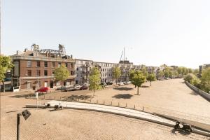 Bekijk appartement te huur in Rotterdam Halfrond, € 1495, 91m2 - 357371. Geïnteresseerd? Bekijk dan deze appartement en laat een bericht achter!