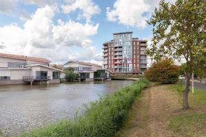 Bekijk appartement te huur in Capelle Aan Den Ijssel Solisplein, € 1750, 80m2 - 362466. Geïnteresseerd? Bekijk dan deze appartement en laat een bericht achter!