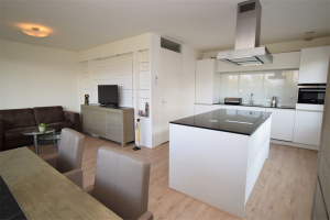View room for rent in Amsterdam Klaroenstraat, € 900, 78m2 - 386556. Interested? check out this room and leave a message!