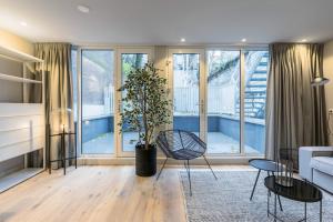 Bekijk appartement te huur in Amsterdam Amstel, € 2000, 76m2 - 393997. Geïnteresseerd? Bekijk dan deze appartement en laat een bericht achter!
