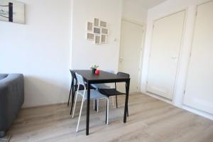 Bekijk appartement te huur in Den Haag Groenteweg, € 850, 35m2 - 366452. Geïnteresseerd? Bekijk dan deze appartement en laat een bericht achter!