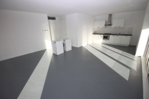 View house for rent in Groningen Hereweg, € 1360, 80m2 - 367500. Interested? check out this house and leave a message!