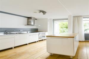 Bekijk appartement te huur in Amsterdam Hasebroekstraat, € 1550, 54m2 - 346432. Geïnteresseerd? Bekijk dan deze appartement en laat een bericht achter!