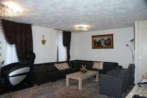 Bekijk woning te huur in Almere H. Werkmanstraat, € 1700, 147m2 - 350612. Geïnteresseerd? Bekijk dan deze woning en laat een bericht achter!