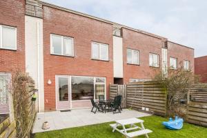 Bekijk woning te huur in Leeuwarden D. Rijd, € 1075, 140m2 - 348036. Geïnteresseerd? Bekijk dan deze woning en laat een bericht achter!