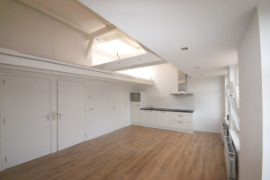 View studio for rent in Breda Wilhelminastraat, € 875, 35m2 - 349761. Interested? check out this studio and leave a message!