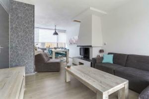 For rent: House Van Alkemadelaan, Brielle - 1