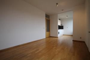 Bekijk appartement te huur in Den Haag V. Hogenhoucklaan, € 950, 45m2 - 354999. Geïnteresseerd? Bekijk dan deze appartement en laat een bericht achter!