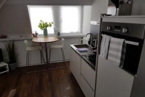 Bekijk appartement te huur in Zandvoort Dr Joh G Mezgerstraat, € 1050, 32m2 - 374922. Geïnteresseerd? Bekijk dan deze appartement en laat een bericht achter!