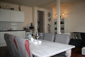 Bekijk appartement te huur in Almelo Grotestraat, € 745, 115m2 - 383135. Geïnteresseerd? Bekijk dan deze appartement en laat een bericht achter!