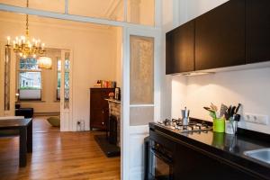 Bekijk appartement te huur in Maastricht V.d. Stuersstraat, € 1250, 90m2 - 361520. Geïnteresseerd? Bekijk dan deze appartement en laat een bericht achter!