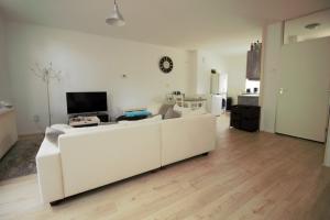 Bekijk appartement te huur in Almere Rozenwerf, € 995, 46m2 - 343531. Geïnteresseerd? Bekijk dan deze appartement en laat een bericht achter!