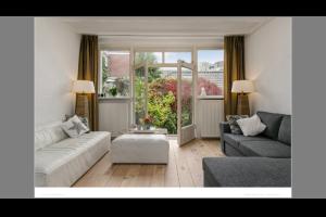 Bekijk woning te huur in Den Bosch Hinthamerstraat, € 1250, 60m2 - 324377. Geïnteresseerd? Bekijk dan deze woning en laat een bericht achter!