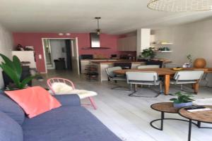 Bekijk appartement te huur in Den Bosch Vughterstraat, € 1395, 80m2 - 376737. Geïnteresseerd? Bekijk dan deze appartement en laat een bericht achter!