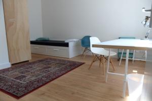 Bekijk kamer te huur in Eindhoven Schouwbroekseweg, € 495, 16m2 - 388340. Geïnteresseerd? Bekijk dan deze kamer en laat een bericht achter!