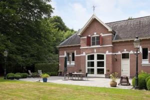 Bekijk woning te huur in Wezep Zuiderzeestraatweg, € 3000, 410m2 - 373120. Geïnteresseerd? Bekijk dan deze woning en laat een bericht achter!