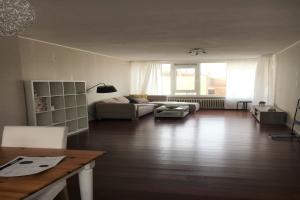 Bekijk appartement te huur in Utrecht Van Vollenhovenlaan, € 1295, 80m2 - 392503. Geïnteresseerd? Bekijk dan deze appartement en laat een bericht achter!