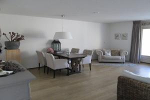 Bekijk appartement te huur in Eindhoven Paradijslaan, € 1225, 110m2 - 372988. Geïnteresseerd? Bekijk dan deze appartement en laat een bericht achter!
