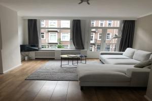 Bekijk appartement te huur in Amsterdam Sluisstraat, € 1600, 55m2 - 351336. Geïnteresseerd? Bekijk dan deze appartement en laat een bericht achter!