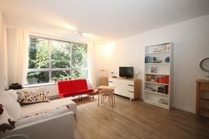 Bekijk appartement te huur in Amsterdam Liendenhof, € 1400, 60m2 - 362443. Geïnteresseerd? Bekijk dan deze appartement en laat een bericht achter!