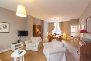 Bekijk appartement te huur in Amsterdam Nieuwe Spiegelstraat, € 2250, 90m2 - 343216. Geïnteresseerd? Bekijk dan deze appartement en laat een bericht achter!