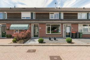 Bekijk woning te huur in Hengelo Ov R.d. Vriesstraat, € 790, 85m2 - 360486. Geïnteresseerd? Bekijk dan deze woning en laat een bericht achter!